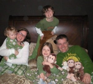lierman_family_photos_christmas_2008_how_many_monkeys_jumping_on_the_bed