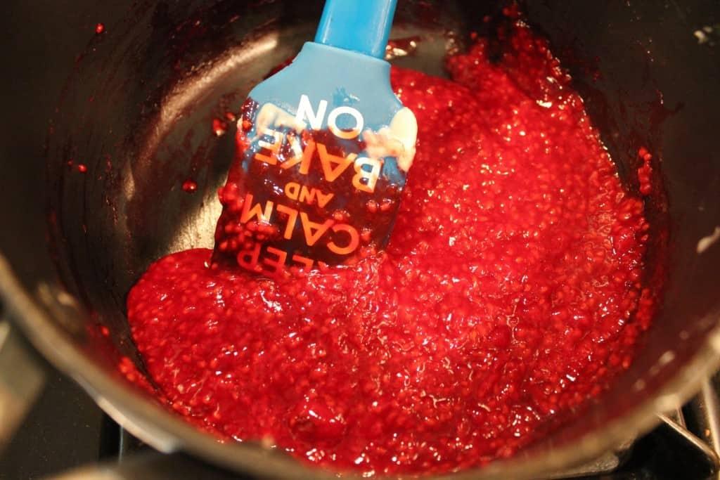 thickened raspberry sauce