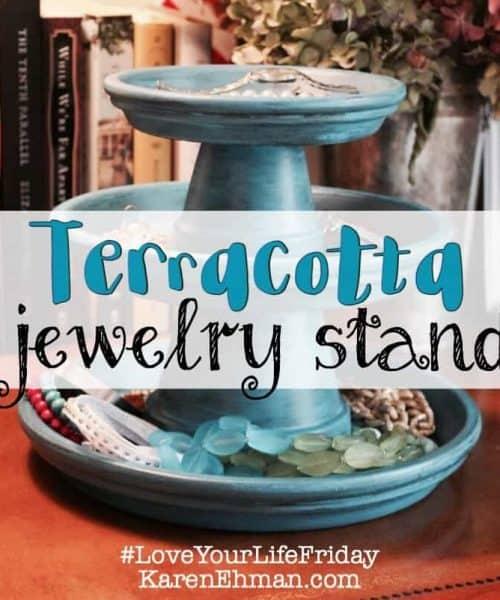 #DIY Jewelry Stand tutorial by Chessa Moore @karen_ehman #LoveYourLifeFriday: