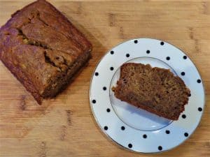 Ridiculously Delicious Banana Bread on karenehman.com for #LoveYourLifeFriday by Sarah Lundgren