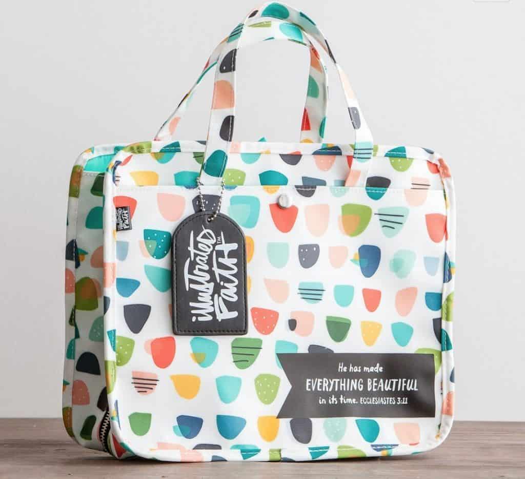 Illustrated Faith organizer bag at Dayspring; Ecclesiastes 3:11; 10 Gifts she'll love at karenehman.com.