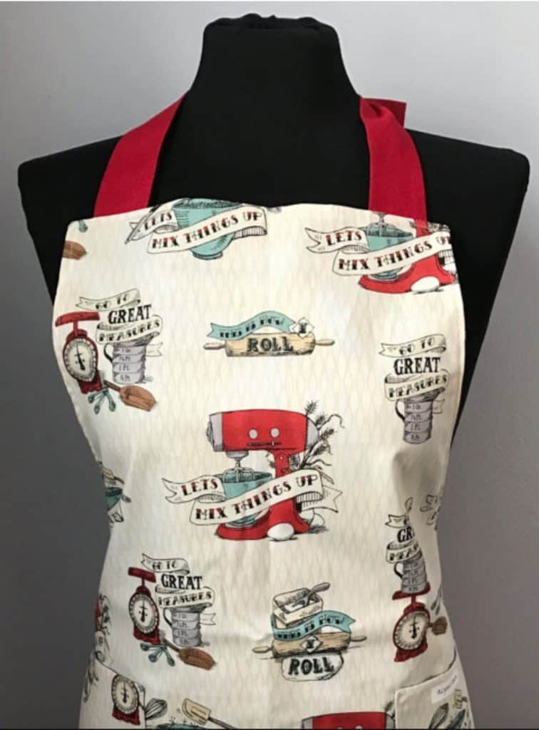 Homemade Apron from April Wilson, ALynnsAprons at Etsy. 10 Gifts She'll Love at karenehman.com.