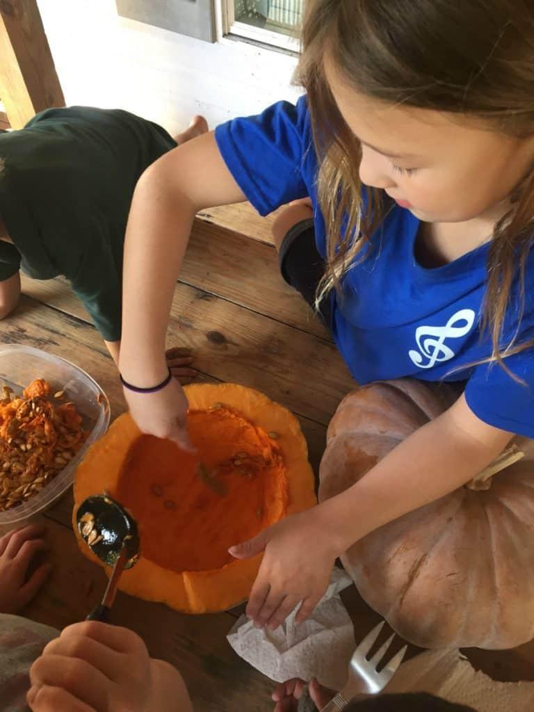Homemade Pumpkin Puree by Amanda Wells for #LoveYourLifeFriday at karenehman.com.